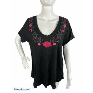 Torrid 1 Women's 14/16 Black Pink Embroidered Top